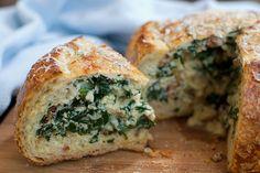 #Recipe - Kale & Bacon Omelet Baked in a Bread Boule