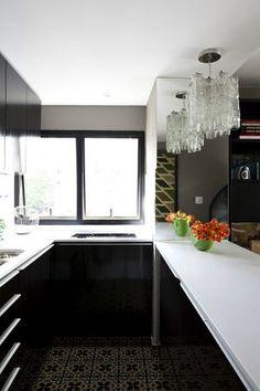 high contrast, kitchen lighting