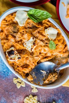 Save the recipe! Eggplant Pasta, Best Dishes, Recipe Of The Day, Roast, Curry, Cheese, Ethnic Recipes, Food, Curries