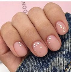 Want some ideas for wedding nail polish designs? This article is a collection of our favorite nail polish designs for your special day. Read for inspiration Nail Art Designs, Short Nail Designs, Nail Polish Designs, Nails Design, Cute Short Nails, Short Nails Art, Trendy Nails, Wedding Nail Polish, Christmas Manicure
