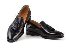 michelangelo nero handcrafted shoes Tassel Loafers, Michelangelo, Penny Loafers, Italian Style, Tassels, Classy, Elegant, Stylish, Casual