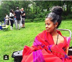 @torkwasedyson Photo by @lainimadhubuti || beautiful grays. loose bun. high bun. natural hair. curly hair. afro textured hair. beautiful hair. beautiful black woman.