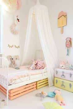 Adorable 39 Cool Under The Bed Storage Ideas. Girl Decor, Baby Room Decor, Ikea Minnen Bed, Baby Zimmer Ikea, Cama Ikea, Bed Storage, Storage Ideas, Storage Crates, Closet Storage