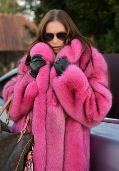 Mink pieces Luxury quality Genuine fur scraps real fur mink pieces for DIY Craft Decoration  Pompons Muff Fur for Bags fur scraps Fur pelt