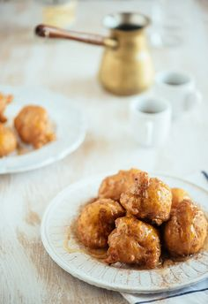 Sweet potato loukoumades is a creative take on the traditional Greek doughnut. Delicious Desserts, Dessert Recipes, Yummy Food, Tasty, Churros, Savory Sweet Potato Recipes, Savoury Recipes, Greek Donuts, Cypriot Food