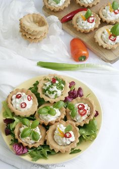 Caprese Salad, Avocado Toast, Tea Party, Catering, Sushi, Feta, Grilling, Food And Drink, Cooking Recipes