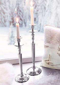 Kerzenständer im Universal Online Shop