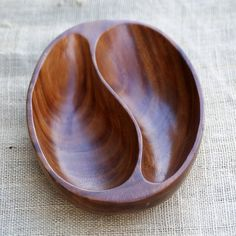 Acacia Wood / Monkey Pod Decorative Serving Dish