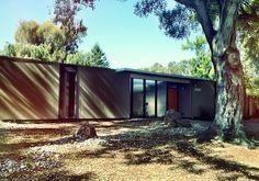 Los Altos Eichler's | www.siliconvalleyeichlers.com Modern Homes, Mid-century Modern, Portola Valley, Modern Exterior, San Jose, Bay Area, Road Trip, Mid Century, Outdoor Decor