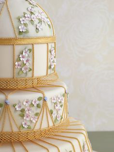 Brides: Unique Floral Wedding Cakes :