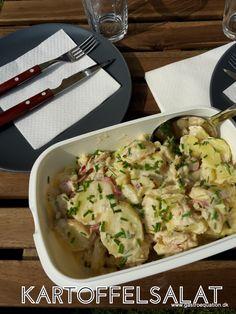 Hvad er sommer og grillmad uden kartoffelsalat? Helst en hjemmelavet. Her er mit bud på en enkel og low fodmapvenlig udgave af den klassiske kartoffelsalat.