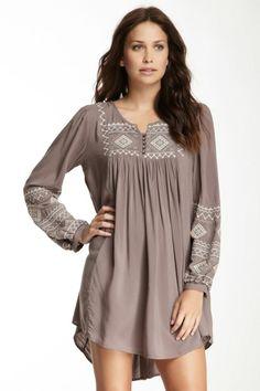 Gorgeous grey long sleeve blouse for women – Her Fashion Likes Dresses For Sale, Summer Dresses, Dresses Online, Estilo Hippie, Black Long Sleeve Dress, Fashion Outfits, Womens Fashion, Trendy Fashion, Dress To Impress