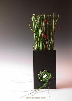Ikebana by Mika OTANI, Japan Bonsai, Ikebana Japanese flower arrangement