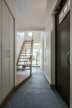 明るい土間のある家 - ナチュラルでシンプルな家、デザイン住宅にこだわる滋賀のグラッソ|glazzo