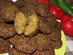 Reteta culinara Falafel - Chiftele de naut din categoria Mancaruri de post. Specific Egipt. Cum sa faci Falafel - Chiftele de naut