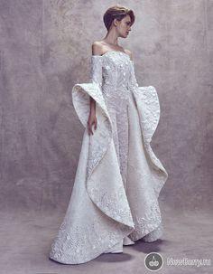 Ashi Studio Fall 2017 Couture