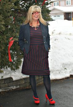 Target dress with a navy blazer and great shoe dazzle pumps #fashion #ootd #fashionover50 #40plusstyle #targetfashion