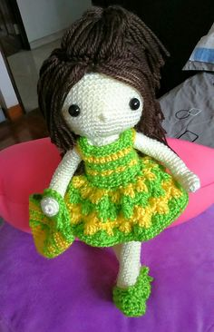 My crochet dolls : wearing my new dress, i'm ready to go shopping!