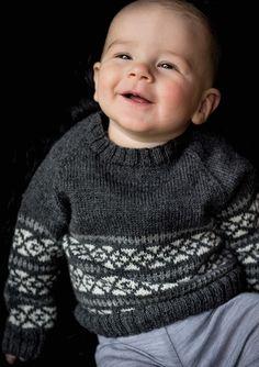 <p>Wow sikke en fin lille bluse til den lille herre. Mayflower Easy Care er her anvendt til denne flotte trøje