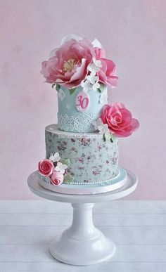 Pastel Fondant Cake With Paper Flowers.