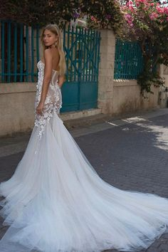 Fit And Flare Skirt, Fit And Flare Wedding Dress, Bridal Looks, Bridal Style, Berta Bridal, White Gowns, Bridal Collection, Evening Gowns, Wedding Gowns