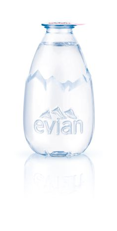 Luxury goes green! New Drop Evian water makes recycling cool : Luxurylaunches Water Packaging, Glass Packaging, Cool Packaging, Beverage Packaging, Brand Packaging, Alcohol Bottles, Plastic Bottles, Water Bottle Design, Evian Water Bottle