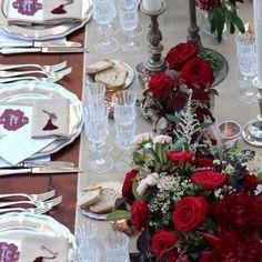 Some more details about this gorgeous summer wedding. Florals @larosacaninafirenze #tuscanywedding #weddingitaly #weddingdream #feelblessed #lovelydecors #picoftheday #summerwedding #weddininspiration #lovetuscany #love