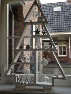 Letterbak-kerstboom gemaakt door m'n vader: