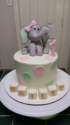 Elephant cake with pokadots cake