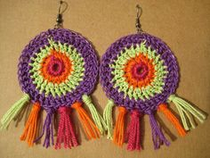 Aros de moda ¡24 Increíbles Ideas Juveniles! - Moda y Tendencias 2017 - 2018 | SomosModa.net Thread Jewellery, Jewelry Art, Irish Crochet, Knit Crochet, Knitting Patterns, Crochet Patterns, Handmade Jewelry Designs, Crochet Accessories, Vintage Crochet