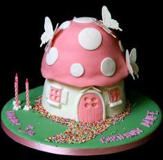 Cute fairy/gnome house bday cake!