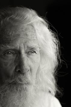 Eyes of Wisdom -- (photo by Marcus Wes Brammer) We Are The World, People Of The World, Black And White Portraits, Black And White Photography, Eric Lafforgue, Old Faces, Steve Mccurry, Ageless Beauty, Before Us