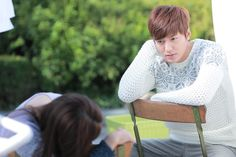 """Heirs"": Lee Min Ho Has It Bad For Park Shin Hye, Part 100 