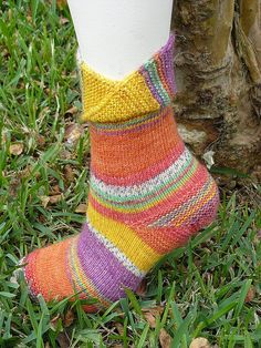Ravelry: Here Comes the Sun Socks pattern by Emily Griffin