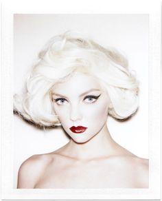 Glamorous Makeup — Big, Bold Makeup Looks Bold Makeup Looks, Glam Makeup Look, Glamorous Makeup, Silver White Hair, Pale White, Hair Makeup, Eye Makeup, Makeup Art, Winged Eyeliner