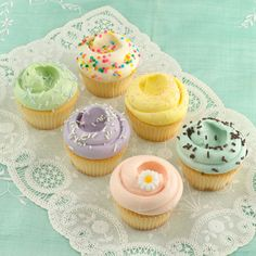 Vanilla Vanilla Cupcakes by Magnolia Bakery