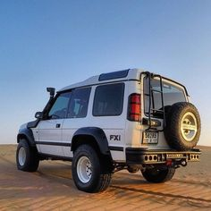 Land Rover Discovery 1, Discovery 2, 4x4, Off Road Bumpers, Off Roaders, Dubai Desert, Land Rovers, Land Rover Defender, Range Rover