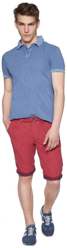 Chino-Bermuda für Männer (unifarben, mit Knopfverschluss) aus reiner Baumwolle, mit seitlichen Einschubtaschen, krempelbare Beinsäume für einen lässigen Look. Material: 100 % Baumwolle...