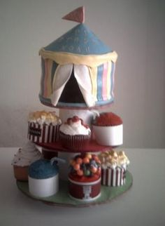 Free Easy Carnival Themed Cake and Cupcakes Instructions