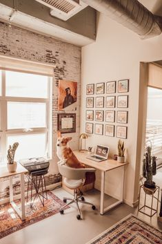 Modern-industrial home office decor. Study Room Decor, Room Ideas Bedroom, Bedroom Decor, Desk In Bedroom, Home Office Design, Home Office Decor, Interior Office, Kitchen Interior, Office Ideas