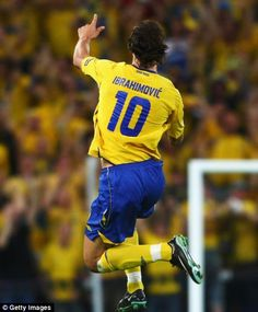 Sweden's first match in the football European Championships. We win by against Ukraine. Guess who makes the goals? Football Soccer, Football Players, Man Of The Match, Star Wars, Football Highlight, European Championships, European Football, Futbol, Dios