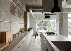 all concrete kitchen @ Concrete Apartment in Nagoya, Japan by Airhouse Design Office Kitchen Interior, Modern Interior, Interior Architecture, Design Kitchen, Futuristic Architecture, Minimalist Interior, Apartment Kitchen, Kitchen Layout, Japanese Kitchen