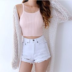 Are you searching for outfits for summer? Look no further in light of the fact that here are the 50 best of the cute summer outfits to wear this summer. Teen Fashion Outfits, Cute Fashion, Look Fashion, Trendy Outfits, Womens Fashion, Fashion Spring, Fashion Ideas, Fashion 2018, Teenager Fashion