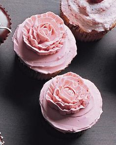 Piped-Rose Cupcakes