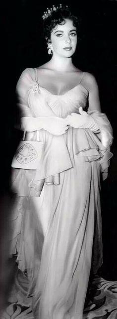 Elizabeth Taylor Oscars 1957