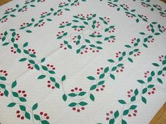 RARE Find Vintage 1930s Applique Cherry Quilt Red Green Expertly Completed   eBay Vintageblessings