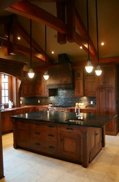 Rustic Kitchen Ideas - Rustic kitchen closet is an attractive mix of nation home and farmhouse decoration. Surf 30 ideas of rustic kitchen design below Casa Stark, House Ideas, Craftsman Kitchen, Craftsman Style, New Kitchen, Kitchen Ideas, Wooden Kitchen, Kitchen Island, Cherry Kitchen