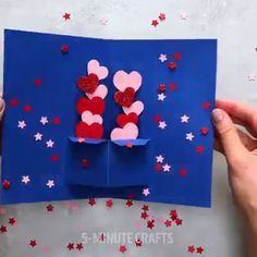 24 Wonderful Ways to Decorate Your Home with Flowers - Geburtstagskarte Diy Diy Crafts Hacks, Diy Crafts For Gifts, Diy Home Crafts, Diy Arts And Crafts, Creative Crafts, Fun Crafts, Geek Crafts, Paper Flowers Craft, Paper Crafts Origami