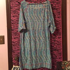 Lilly Pulitzer Clam Jam t-shirt dress Lilly Pulitzer T-shirt dress in clam jam. In good condition. Size XL Lilly Pulitzer Dresses Midi