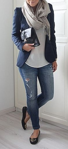 Casual- navy blue and gray great outfit to the airport
